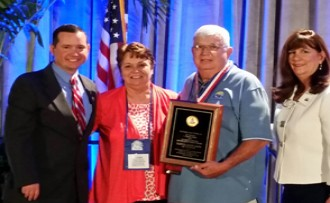 Mayors honored at FLC conference